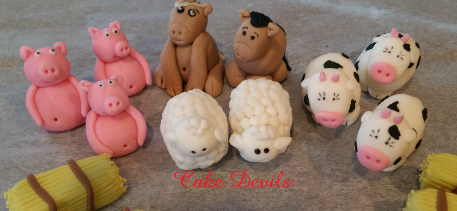 Cake Decorations Farm Animals : Barn & Farm Animal Fondant Cake Topper Kit, Farm Animal ...
