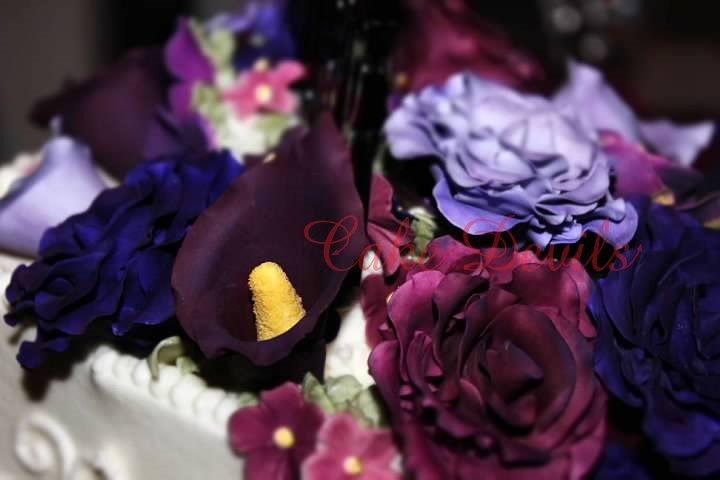 Edible Rose Cake Decoration : Handmade Edible Roses, Rose Cake Decorations, Gumpaste ...